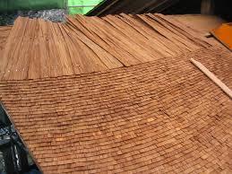 檜皮葺(ひわだぶき) 屋根